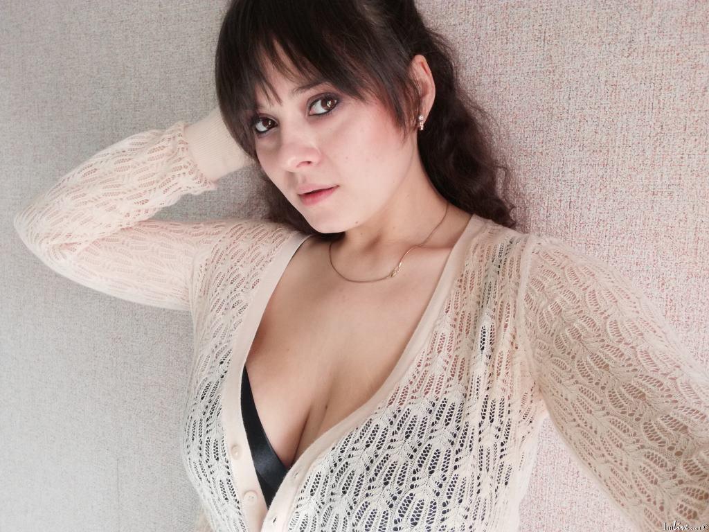 Adeline2000's Profile Image
