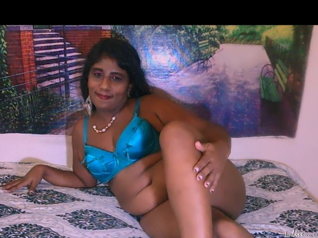 Watch IndianSweetHeart69 live on cam at ImLive