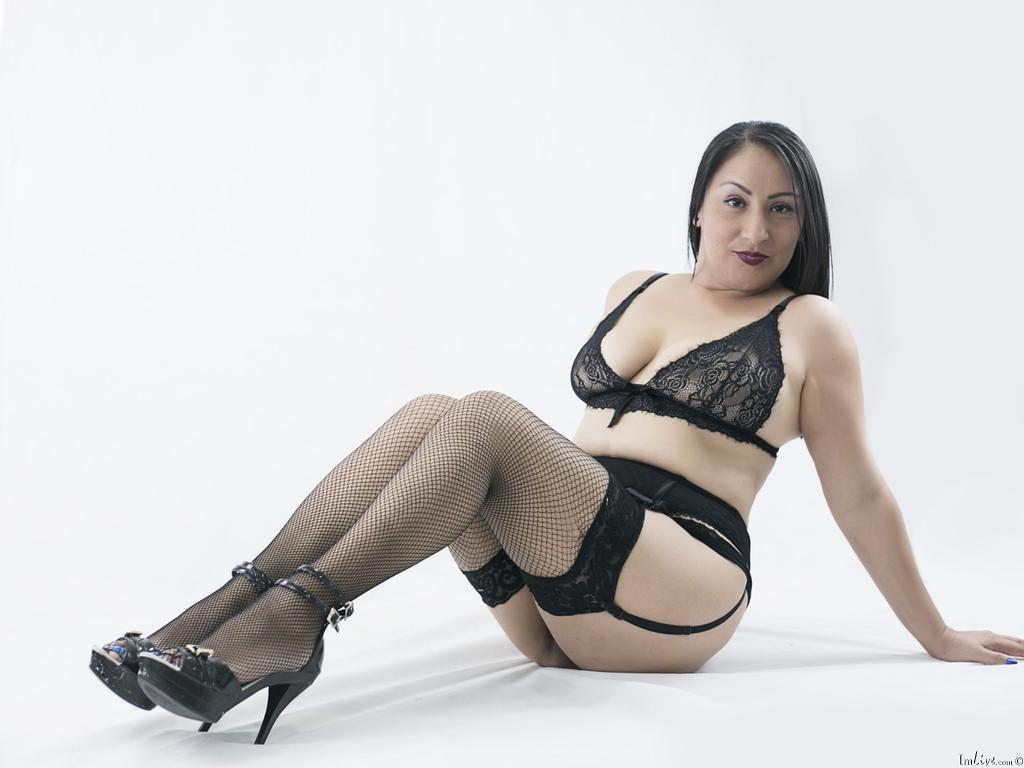 MadamFoxxx's Profile Image